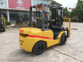Xe nâng 3.5 tấn giá tốt lắp động cơ Xinchai A495