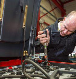 Quy trình bảo dưỡng xe nâng hàng đúng yêu cầu kỹ thuật